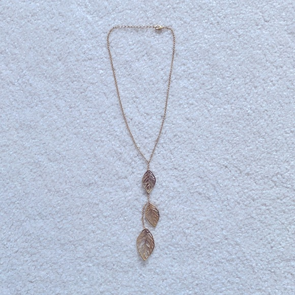 Anthropologie Tri Leaves Gold necklace